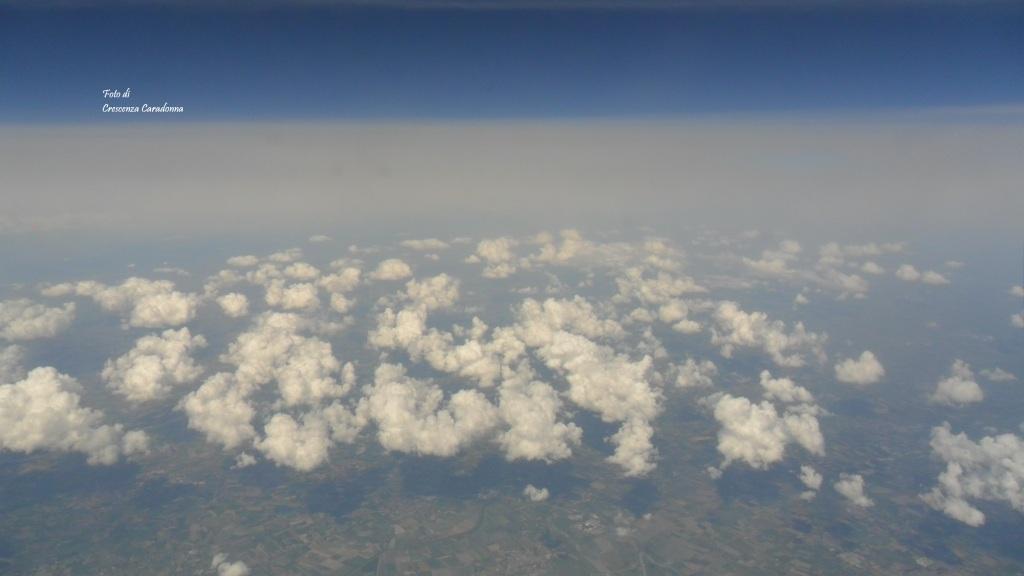 'Nudo angolo di cielo' Di Crescenza Caradonna IL LIBRO DI POESIA